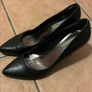 Black Steve Madden Low Heels - Professional
